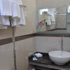 Отель Le Vieux Nice Inn Мальдивы, Северный атолл Мале - отзывы, цены и фото номеров - забронировать отель Le Vieux Nice Inn онлайн ванная фото 2