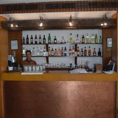Отель Palace Heights Индия, Нью-Дели - отзывы, цены и фото номеров - забронировать отель Palace Heights онлайн гостиничный бар