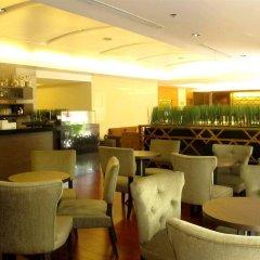 Отель Jasmine City Бангкок гостиничный бар