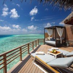Отель Baros Maldives Мальдивы, Остров Барос - 8 отзывов об отеле, цены и фото номеров - забронировать отель Baros Maldives онлайн балкон