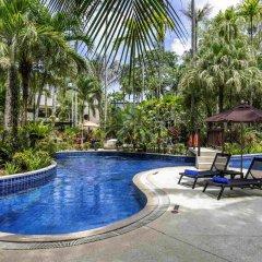 Отель Novotel Phuket Surin Beach Resort бассейн