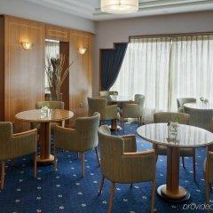Отель Crowne Plaza Abu Dhabi интерьер отеля фото 3