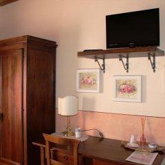 Отель Locanda La Mandragola Италия, Сан-Джиминьяно - отзывы, цены и фото номеров - забронировать отель Locanda La Mandragola онлайн удобства в номере фото 2