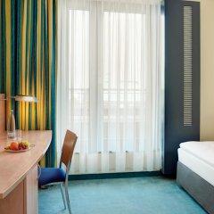 Отель InterCityHotel Hamburg Hauptbahnhof Германия, Гамбург - 1 отзыв об отеле, цены и фото номеров - забронировать отель InterCityHotel Hamburg Hauptbahnhof онлайн удобства в номере