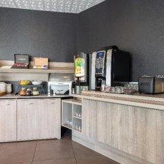 Отель Zenitude Hôtel-Résidences Narbonne Centre Франция, Нарбонн - 1 отзыв об отеле, цены и фото номеров - забронировать отель Zenitude Hôtel-Résidences Narbonne Centre онлайн питание фото 2