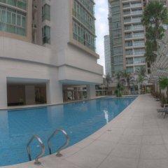 Отель Golden Triangle Suites by Mondo бассейн