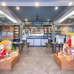 Отель Thavorn Palm Beach Resort Phuket Таиланд, Пхукет - 10 отзывов об отеле, цены и фото номеров - забронировать отель Thavorn Palm Beach Resort Phuket онлайн развлечения