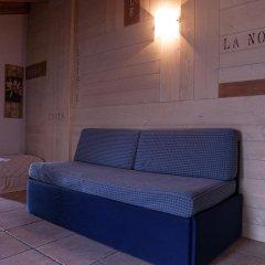 Отель Residence Les Fleurs Италия, Грессан - отзывы, цены и фото номеров - забронировать отель Residence Les Fleurs онлайн комната для гостей фото 4