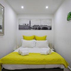 Отель Cozy T.M. Flat in the Heart of Lisbon Лиссабон комната для гостей