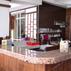 Отель Mkent Guesthouse гостиничный бар