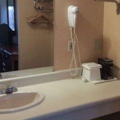 Отель Travelodge Columbus East ванная фото 3
