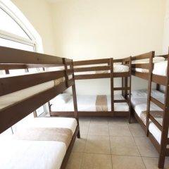 Отель Backpacker 16 Accommodation Кровать в женском общем номере с двухъярусной кроватью фото 4