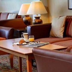Best Western Plus Milford Hotel интерьер отеля