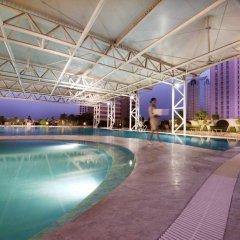 Отель Crowne Plaza Foshan бассейн фото 3