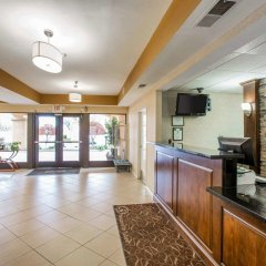 Отель Comfort Suites Tulare интерьер отеля фото 2