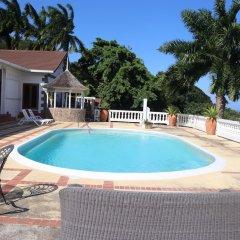 Отель 10 BR Guesthouse - Montego Bay - PRJ 1434 бассейн