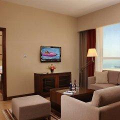Отель Khalidiya Palace Rayhaan by Rotana, Abu Dhabi комната для гостей фото 5