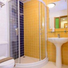 Отель Golden House Бангкок ванная