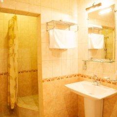 Гостиница Башня в Брянске 1 отзыв об отеле, цены и фото номеров - забронировать гостиницу Башня онлайн Брянск ванная фото 2
