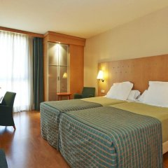 Отель NH Porta Barcelona комната для гостей фото 4