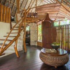 Отель Ninamu Resort - All Inclusive Французская Полинезия, Тикехау - отзывы, цены и фото номеров - забронировать отель Ninamu Resort - All Inclusive онлайн балкон