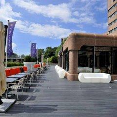 Отель XO Hotels Park West бассейн
