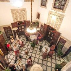Отель Riad dar Chrifa Марокко, Фес - отзывы, цены и фото номеров - забронировать отель Riad dar Chrifa онлайн интерьер отеля