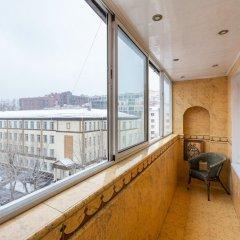 Гостиница GoodAps Usacheva 4 в Москве отзывы, цены и фото номеров - забронировать гостиницу GoodAps Usacheva 4 онлайн Москва балкон