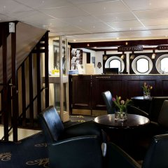 Отель Mälardrottningen Стокгольм гостиничный бар