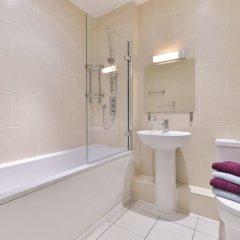 Отель Churchill Nike Apartments Великобритания, Лондон - отзывы, цены и фото номеров - забронировать отель Churchill Nike Apartments онлайн ванная фото 2