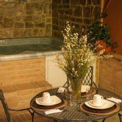 Отель Cali Apartaestudios Колумбия, Кали - отзывы, цены и фото номеров - забронировать отель Cali Apartaestudios онлайн бассейн