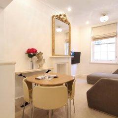 Апартаменты Harrods Apartments Лондон комната для гостей фото 3