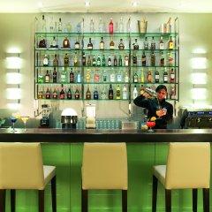 Отель NH Poznan гостиничный бар