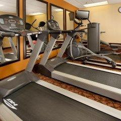 Отель The American Inn of Bethesda фитнесс-зал