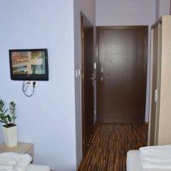 Отель Akira Bed & Breakfast Польша, Вроцлав - отзывы, цены и фото номеров - забронировать отель Akira Bed & Breakfast онлайн комната для гостей фото 5