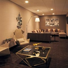 H Hotel Los Angeles, Curio Collection by Hilton спа