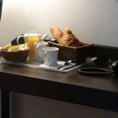 Отель Hôtel Little Regina питание фото 3