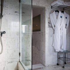 Отель AC Hotel Ciudad de Sevilla by Marriott Испания, Севилья - отзывы, цены и фото номеров - забронировать отель AC Hotel Ciudad de Sevilla by Marriott онлайн ванная фото 2