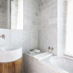 Отель Senato Hotel Milano Италия, Милан - 1 отзыв об отеле, цены и фото номеров - забронировать отель Senato Hotel Milano онлайн ванная
