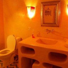 Отель Kasbah Azalay Merzouga Марокко, Мерзуга - отзывы, цены и фото номеров - забронировать отель Kasbah Azalay Merzouga онлайн ванная