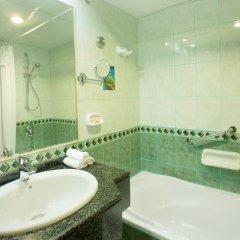 Arabian Courtyard Hotel & Spa ванная фото 2
