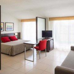 Aqua Hotel Montagut Suites комната для гостей фото 5