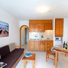 Отель Apartamentos Mar Blanca в номере фото 2