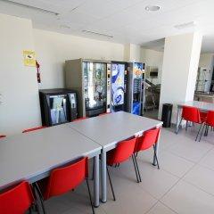 Отель Vertice Roomspace Madrid питание