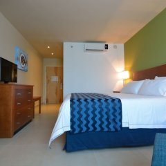 Отель Holiday In Express Cabo San Lucas Кабо-Сан-Лукас комната для гостей фото 3