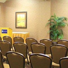 Отель La Quinta Inn & Suites Logan интерьер отеля фото 2