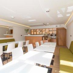 Бутик-отель TESLA Smart Stay гостиничный бар