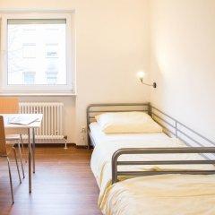 Отель A1 Hostel Nürnberg Германия, Нюрнберг - 1 отзыв об отеле, цены и фото номеров - забронировать отель A1 Hostel Nürnberg онлайн комната для гостей фото 5