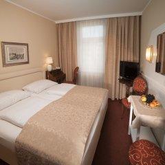 Отель Vier Jahreszeiten Salzburg Австрия, Зальцбург - отзывы, цены и фото номеров - забронировать отель Vier Jahreszeiten Salzburg онлайн комната для гостей фото 2