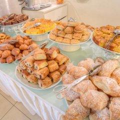 Отель Ferretti Beach Resort Римини питание